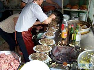 漳州炒牛肉粉丝、炒牛肉面达人,一口小锅可以炒12盘!
