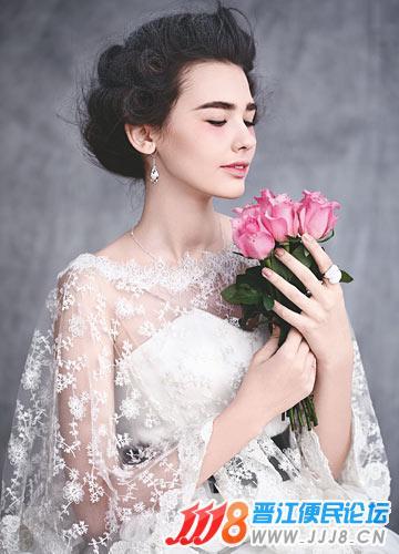 新娘如何选择耳环 打造婚礼上精艳动人形象