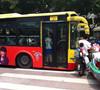 超低底盘公交车