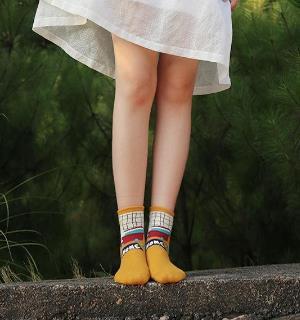 开春必备:一双短袜让你更潮更时尚