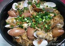 晚餐~豆腐西红柿炒鸡蛋,冬粉油蛤煲,墨鱼龙骨汤